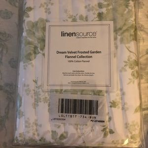 NWT linensource 100% cotton flannel qn. sheet set